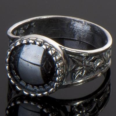 Перстень с гематитом