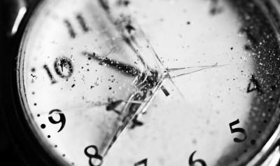 Разбились часы