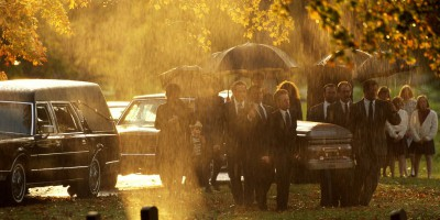 Похороны в дождь