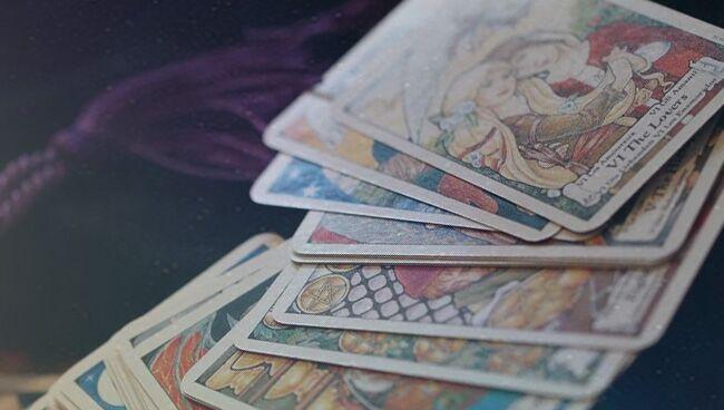 Можно ли гадать на картах Таро каждый день