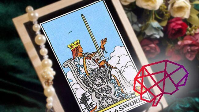 Королева Мечей Таро: значение в психологии