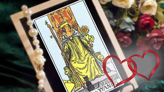 Королева Жезлов Таро: значение в любви и отношениях